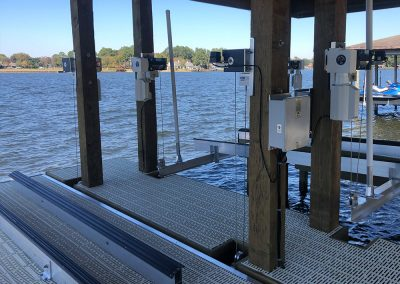 The boat lift company lake conroe livingston houston town ponds platform lift